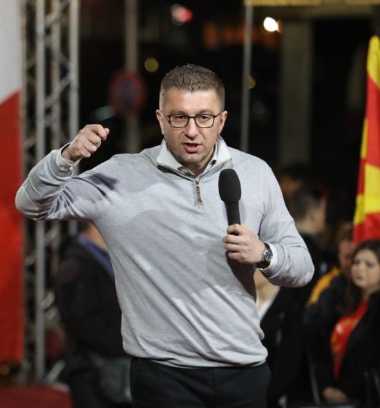 Мицкоски: Поради неправдите би требало да им биде срам да побараат поддршка за деспотски избраниот кандидат, Стево Пендаровски, но Зоран Заев нема срам