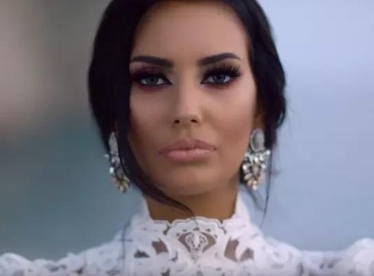 Пејачката заврши во болница- откако дознаа поради што е хоспитализирана Катарина Грујиќ фановите се молат за нејзиното здравје