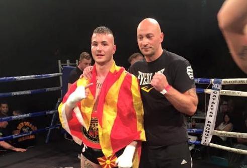 Кик бокс: Македонецот Стефановски стана светски шампион (ВИДЕО)