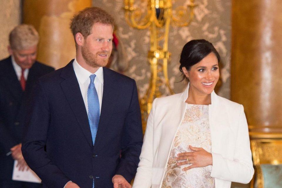 ФОТО: Еве која славна личност ќе го крсти кралското бебе- родени се на ист датум