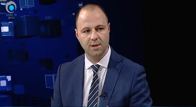 Мисајловски: Додека соседните земји се вакцинираат, Македонија чека милостина, толку од способноста на Филипче, Заев и Владата