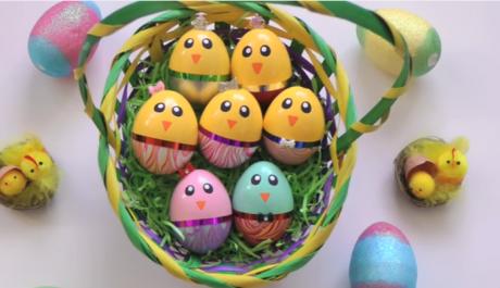 Израдувајте ги најмладите: Интересна идеја за весели велигденски јајца (ВИДЕО)