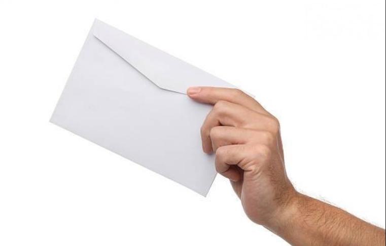 Заев: Платата во плик не е кршење на закон