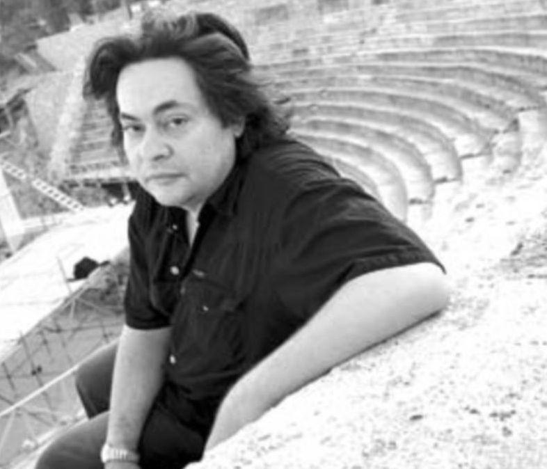 Јелена Жугиќ и Тони Михајловски се простија од ненадејно починатиот македонски режисер и драматург