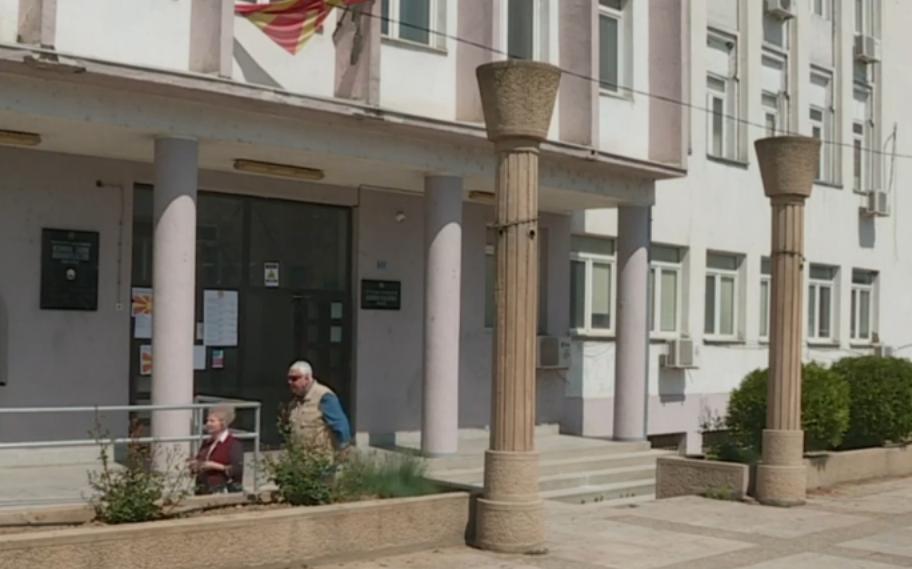 """Екипата на """"Алсат"""" спречена да влезе на гласачки места во Велес"""