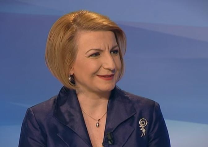 Мицкоски: Нема да молчиме поради неспособноста на Теута во Тетово, па таа и на Албанците не им ги решава проблемите