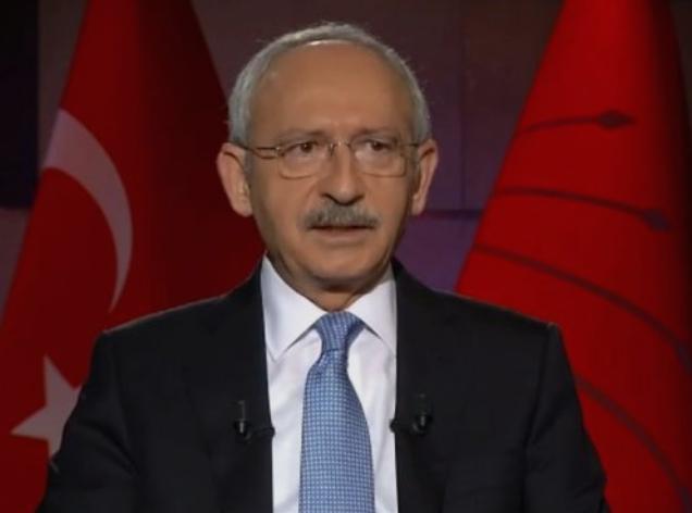 На погреб е нападнат лидерот на главната опозициска партија во Турција