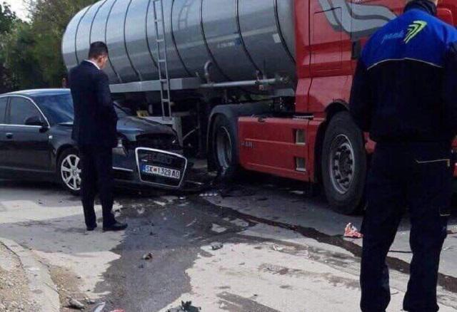 Обезбезбедувањето на Оливер Спасовски искрши уште едно службено возило (ФОТО)