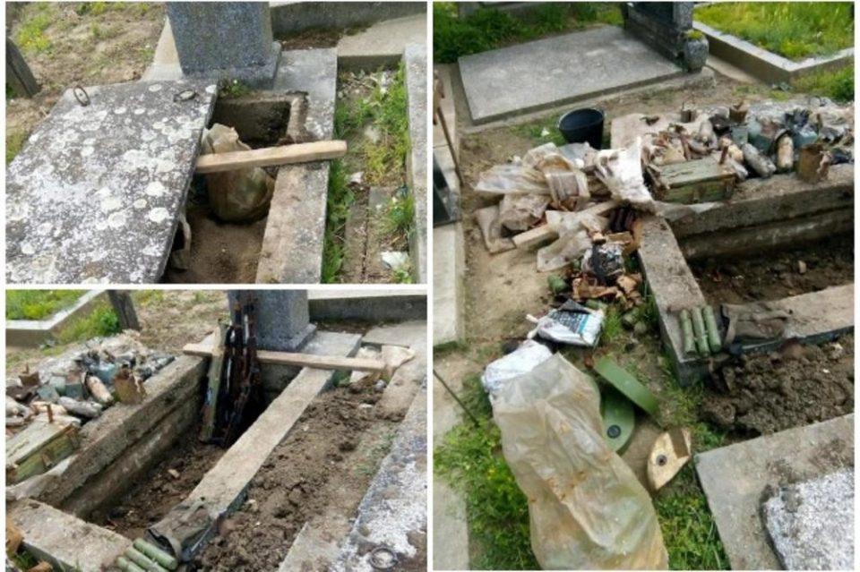 ФОТО: Работници во стар гроб нашле цел арсенал оружје