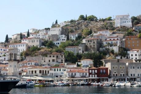 На овој грчки остров никој не умира пред да наполни 90 години- ова е нивната тајна на долговечност