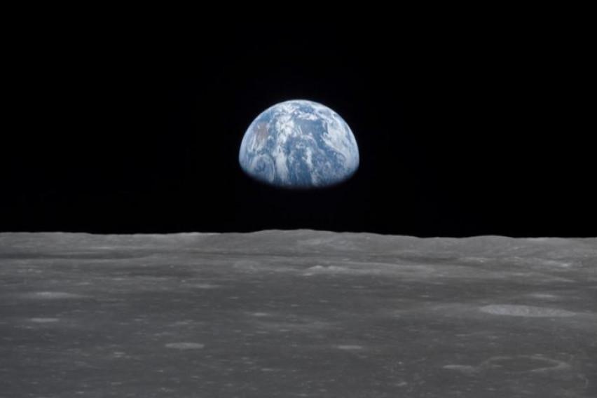 НАСА: Месечината се смалува како зрно грозје што се суши