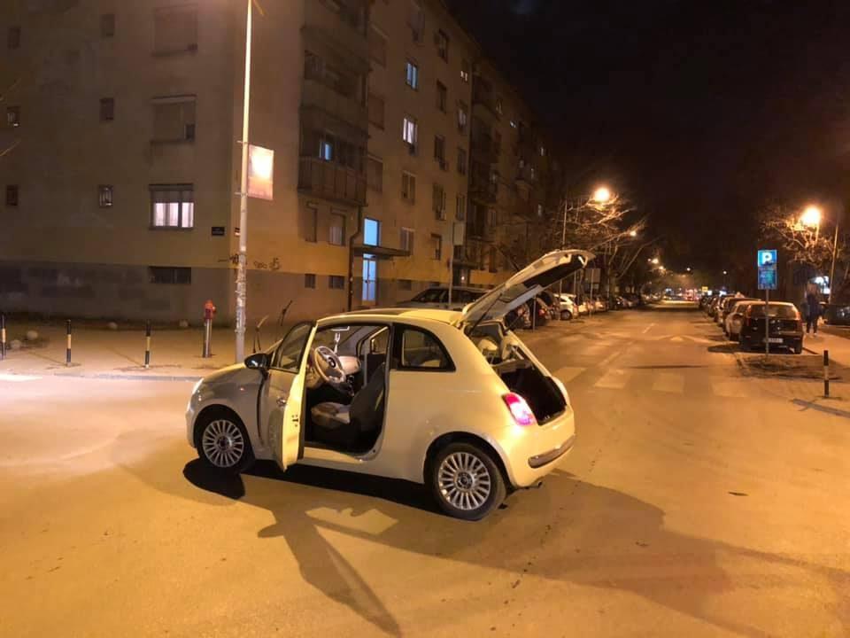 Александра им го подари својот автомобил на комшиите