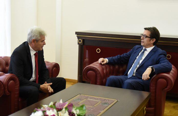 Али Ахмети на средба со Стево Пендаровски