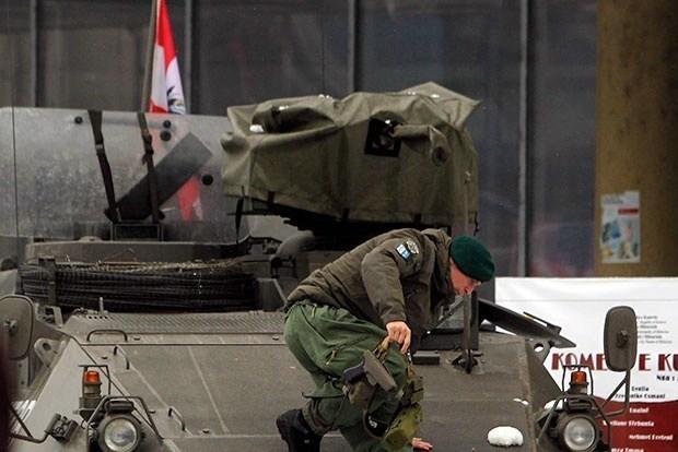 КФОР нема да се меша, на Косово се апсат Срби, Вучиќ ги активираше безбедносните служби