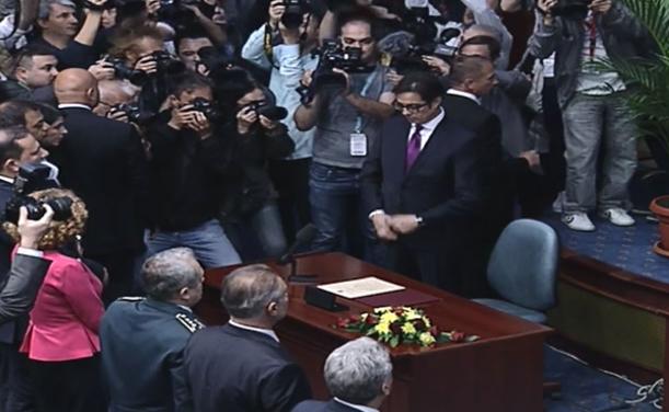 Пендаровски даде свечена изјава во Парламентот