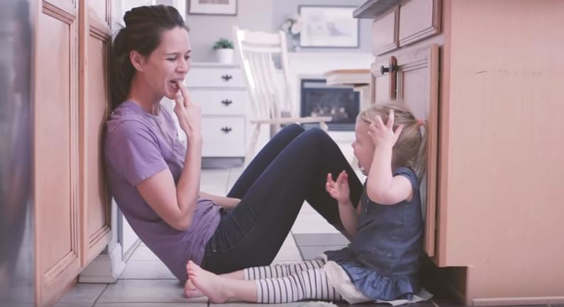 ПРЕСЛАТКО: Видео кое треба да го погледнат сите родители