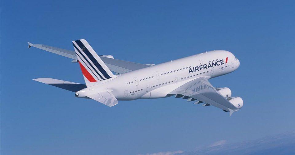 """ФОТО: Се сруши авион полн со патници на компанијата """"Ер Франс""""?!"""