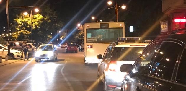 МВР со детали за каменувањето на автобусот со навивачи на Работнички- еве колкумина се повредени