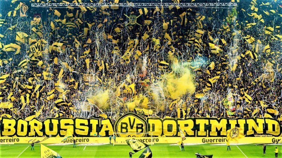 Азар потпиша за Борусија Дортмунд
