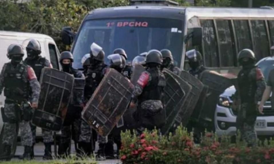 Приведени најмалку илјада лица во Бразил