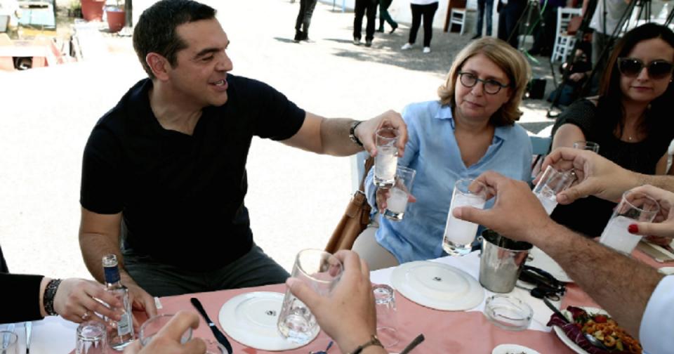 Ципрас и Каменос знаат како со новинарите