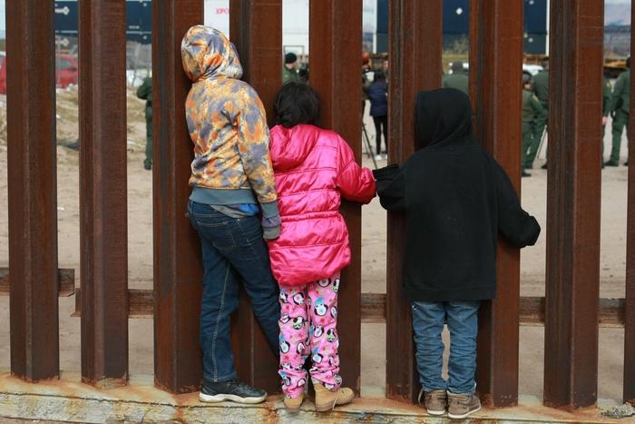 Уште едно дете почина на американско-мексиканската граница