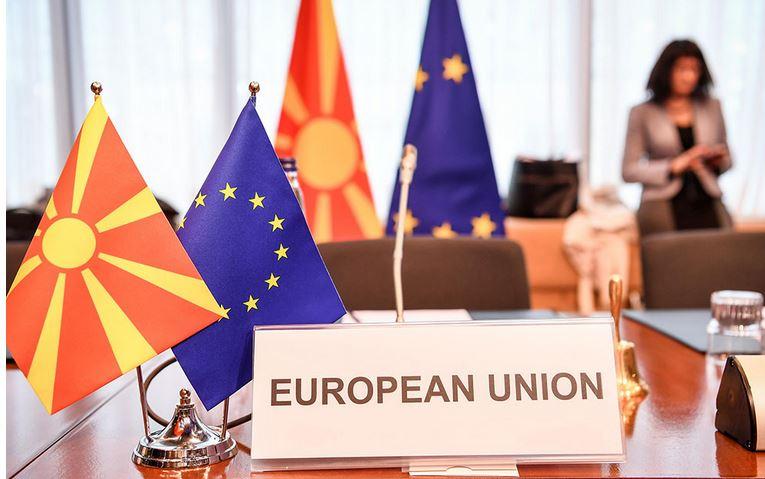 Донев: Ципрас ќе изгуби во Грција, Македонија ќе извиси за ЕУ