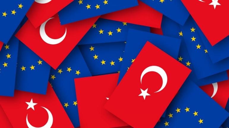 ЕУ со предупредување до Турција