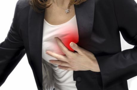 Срцев удар може да се предвиди: Овие симптоми се јавуваат само кај жени
