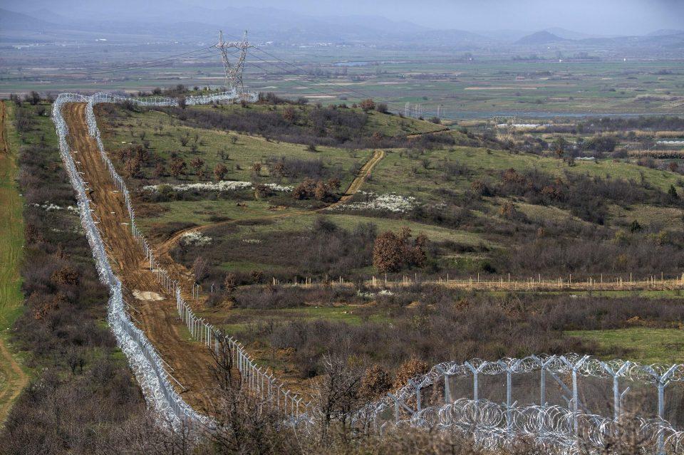 Грчкиот Парламент расправа за новите гранични премини кон Македонија