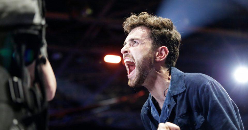 Тешка животна приказна на пејачот: Зад победничката песна на Евровизија се крие вистинска љубовна трагедија! (ВИДЕО)