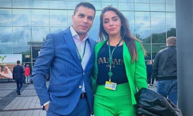 """ФОТО: Љупка Митрова """"го зграпчи"""" министерот за змејоделие"""