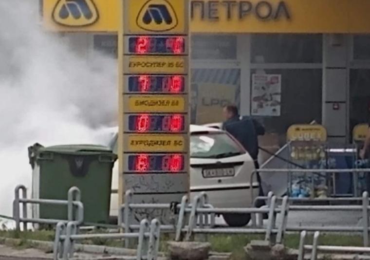 """(ФОТО+ВИДЕО) Ова е херојот на денот: Вработен во """"Макпетрол"""" самиот спречи пожар и експлозија!"""