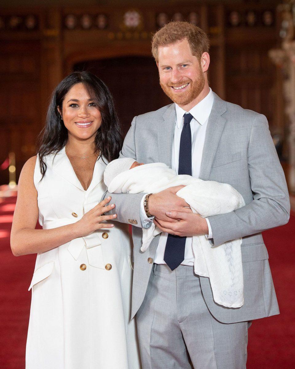 Кралското семејство го покажа бебето- светот едногласно кажа на кого личи (ФОТО)