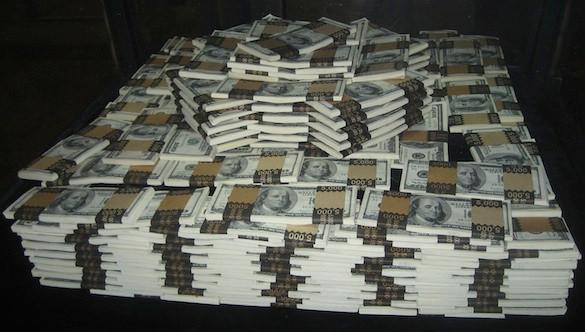 40.000 жртви: Разбиена група која украла милиони долари од банкарски сметки