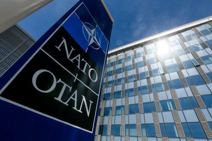 НАТО проширува операции и во вселената
