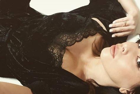 ФОТО: Нејзините гради без градник не ги собира во ништо- Нивес провоцира на Инстаграм