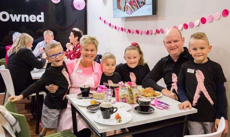 Неверојатна случајност: Новозеландско семејство со исти имиња како британското кралско семејство (ФОТО)