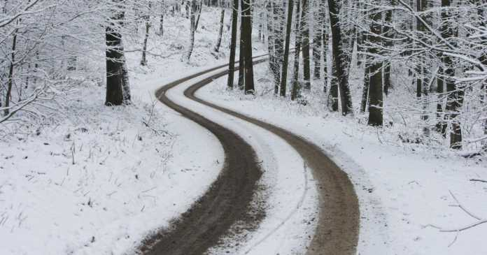 Снег вее и во Хрватска (ВИДЕО)