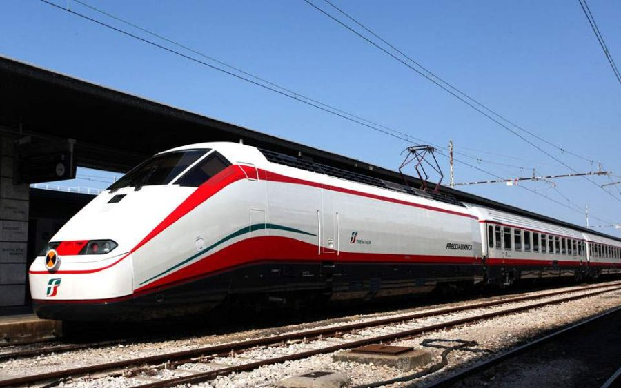 Од Солун до Атина со експресен воз за 4 часа