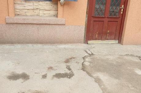 Хорор во Србија: Го избодел својот сосед поради ролетна