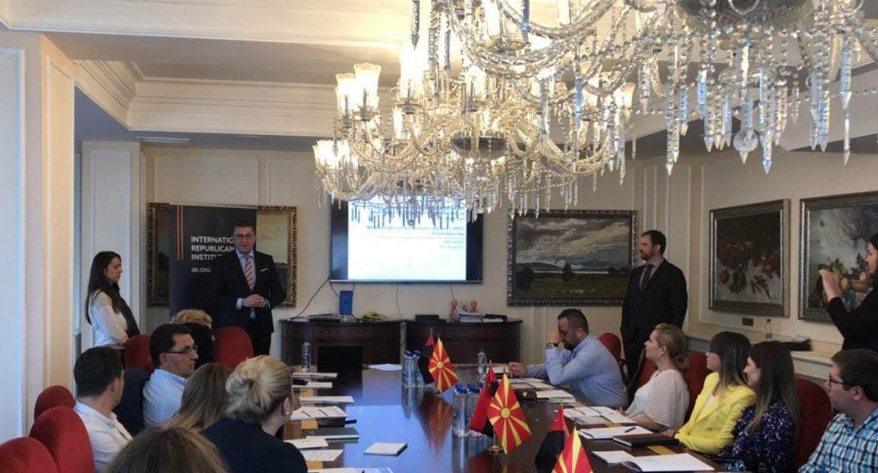 """""""Јавно мислење и анкетни истражувања за креирање на јавни политики базирани на податоци""""- обука во ВМРО-ДПМНЕ"""