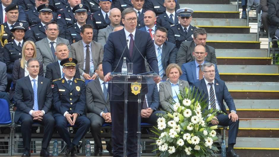 Српската опозиција ќе го бојкотира говорот на Вучиќ во Собранието за Косово