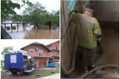 Вонредна состојба во регионот: Силно невреме, градските улици претворени во реки