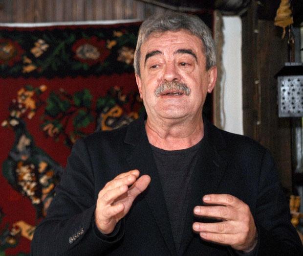 Почина поранешниот црногорски претседател Момир Булатовиќ