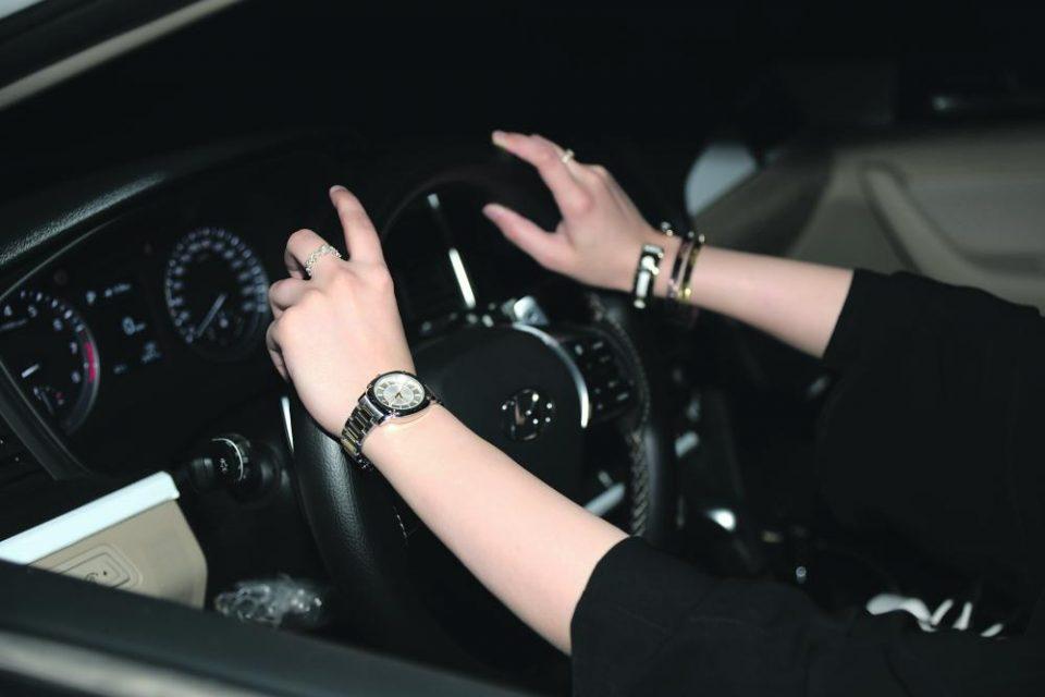 Жените во оваа држава во предбрачен договор го ставаат правото да возат кола