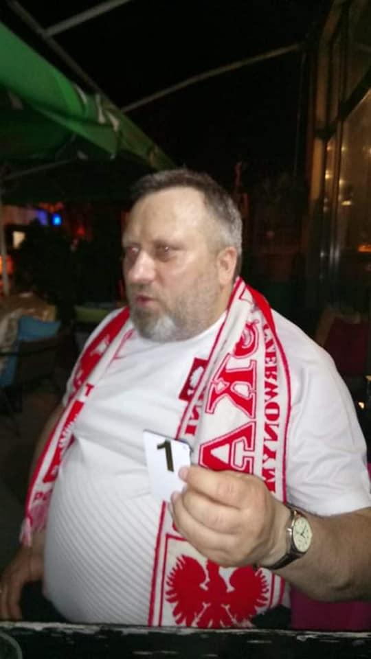 Се изгуби навивач на Полска