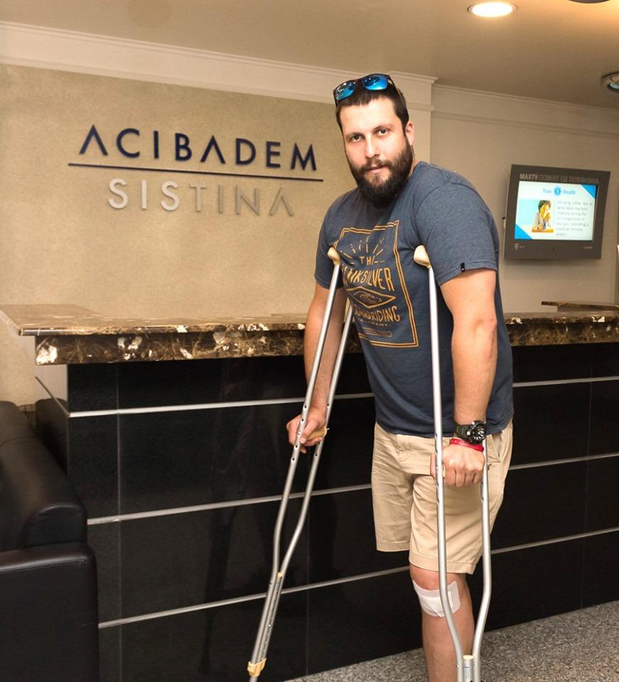По операцијата, Столе Стоилов повторно на нозе (ФОТО)