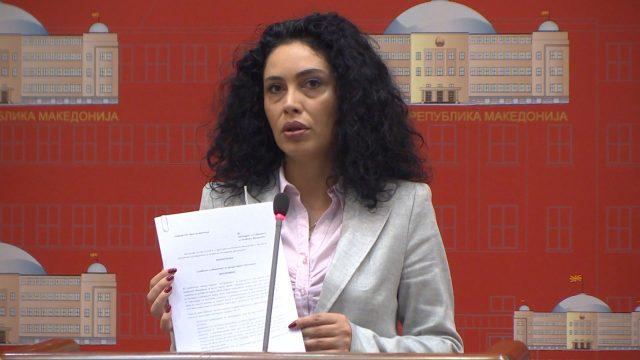 Лашкоска до Заев: Дали знаете дека кај граѓаните служите за потсмев?