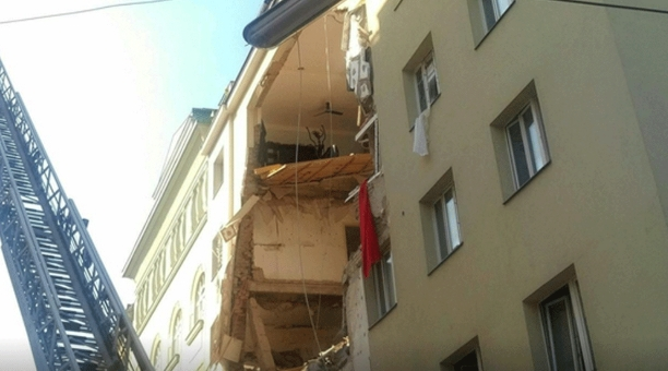 Трагедија во Виена: Се урна зграда по експлозија- најмалку 10 повредени, некои се во критична сосотојба